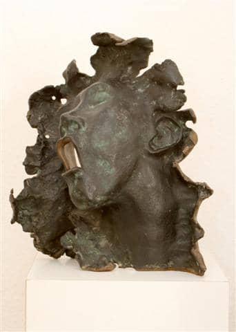 diverse bronzen beelden en mogelijkheden zien.